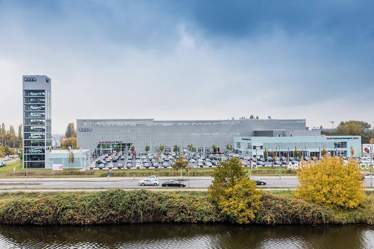 Audi Zentrum Berlin-47